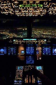 Inside the cockpit of a Wizz Air Approaching to Budapest in the night. Inside the cockpit of a Wizz Air Approaching to Budapest in the night. Jet Privé, Photo Avion, Airplane Wallpaper, Commercial Aircraft, Civil Aviation, Flight Deck, Aircraft Pictures, Jet Plane, Private Jet