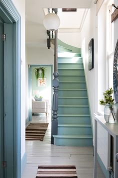All Details You Need to Know About Home Decoration - Modern Painted Staircases, Painted Stairs, Painted Floors, Spiral Staircases, Style At Home, Hallway Ideas Entrance Narrow, Modern Hallway, Entryway Stairs, Modern Staircase