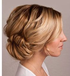 AS a fashion lover, every woman asks her stylish which hairstyle is best  for my face shape? If you have a round face, this content is for you. Take a  look at our collection of lovely medium length hairstyles for round faces.  medium length hairstyles for women, medium length hairstyles for thicker hair,  medium length hairstyles with bang.