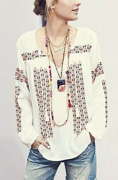 Boho clothes, jewelry and bags have rocked the fashion world. Boho has been immensely popular both with celebrities with masses alike. Let us look over on Boho Mode Hippie, Bohemian Mode, Bohemian Style, Bohemian Gypsy, Bohemian Shirt, Hippie Men, Modern Bohemian, Modern Hippie Fashion, Modern Hippy