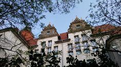 Schulgebäude (2)