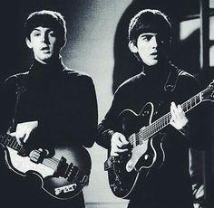 Paul Mc Cartney and George Harrison, The Beatles.
