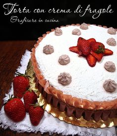 Torta con crema alle fragole