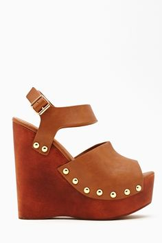 Summer Behavior Wedge - Tan in What's New Shoes at Nasty Gal