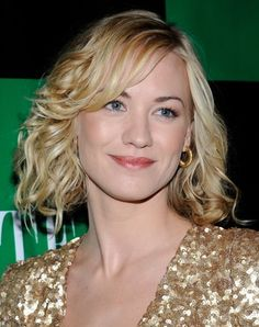 See 20 Long Bob Hairstyles We Love: Yvonne Strahovski Wears Her Long Bob in Waves