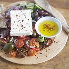 Greek salad HealthyAperture.com