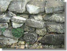 kameny do suché zídky, foto med Med, Firewood, Woodburning