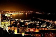 Bright lights of Naples ..... Le mille luci di Napoli ...