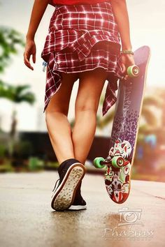 Skateboard's girls #skateboarding #beachlife