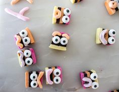 Make these easy little Halloween critters with your little monsters (or children, whatever) || Baking with Gab