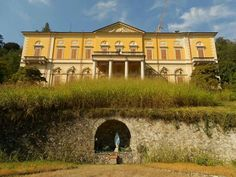 """#VillaFaraggiana a #Meina domani ospiterà botanici appassionati che scopriranno le """"qualità"""" del suo parco http://ilvergante.com/2013/09/18/i-segreti-della-botanica-a-meina/ ( #Novara #Piedmont #Italy )"""