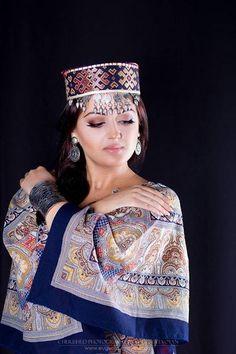 """""""Armenian motives"""" series Makeup, style & model: Sona Abrahamyan by Jane Cherished on 500px"""