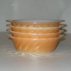 Set of 4 Vintage Anchor Hocking Fire-King Ovenware Peach Lustre Individual Casserole Dishes