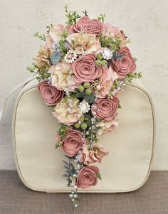 New vintage wedding colors blue bridal shower Ideas Cascading Wedding Bouquets, Wedding Table Flowers, Bride Bouquets, Bridal Flowers, Flower Bouquet Wedding, Wedding Decorations, Wedding Ideas, Trendy Wedding, Table Decorations