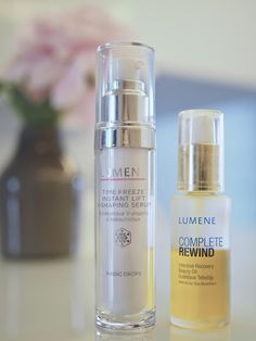 Blogger Business woman's favorite products at the moment - she uses Time Freeze Instant Lift V-Shaping Serum in the daytime and Complete Rewind Intensive Recovery Beauty Oil in the night, especially when traveling. #skincare #lumene