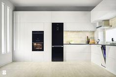 Lodówki - Duża otwarta zamknięta kuchnia w kształcie litery l z oknem, styl nowoczesny - zdjęcie od Samsung Electronics Co., Ltd.