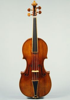 Antonio Stradivar, violin, maple, spruce, ebony, 1693 .