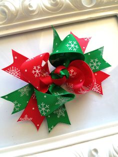 Hey, I found this really awesome Etsy listing at http://www.etsy.com/listing/166849777/snowflake-twisted-hairbow-boutique
