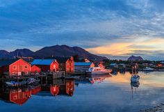 Picture of boats and houses next to water in Vega Island, Norway