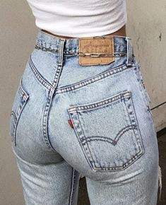 Best Jeans For Women, Jeans Women, Girls Jeans, Sexy Jeans, Vintage Levis, Hottest Photos, Peaches, Burlesque, Chic Outfits
