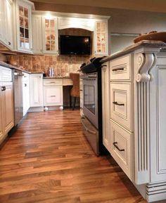 Vintage White - Raised Panel - RTA Kitchen Cabinets - In Stock Kitchen Cabinets Stock Kitchen Cabinets, Solid Wood Kitchen Cabinets, Rta Cabinets, Solid Wood Kitchens, Kitchen Backsplash, Cream And White Kitchen, Cream White, Kitchen Outlets, Raised Panel