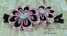 Hair clips -- ADORABLE!!  Bet Lacey Anderson could make these!! ;)