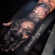 3d tatouage réaliste main doigt poignet et avant bras