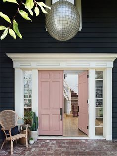Add curb appeal with a new pink front door.Add curb appeal with a new pink front door. victorian victoriandoor victorianhome victorianhouse The best paint colors for your front doorBest paint colors Exterior Design, Doors, Exterior Doors, House Exterior, Best Front Doors, Indoor Doors, New Homes, House Colors, Front Door Paint Colors