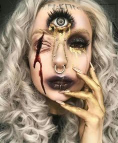 Wow so different and so cool!! Are you looking for the most scary Halloween makeup Halloween costume diy ideas to look the best at the party? See our photo collage to pick the one that fits the costume.