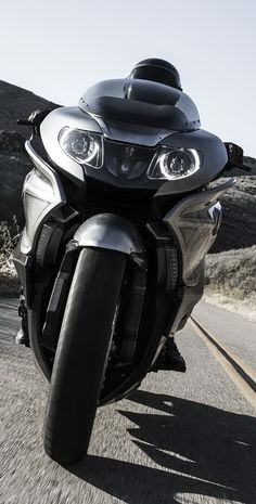 BMW Concept 101 Bmw Concept, Super Bikes, Ducati, Cars And Motorcycles, Travel Bags, Motorbikes, Trucks, Vehicles, Horse