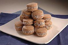 Alfajores de Maicena imperdibles para una tarde de antojos! Mirá la receta en http://chuparselosdedos.com.ar/2013/11/alfajores-de-maicena/