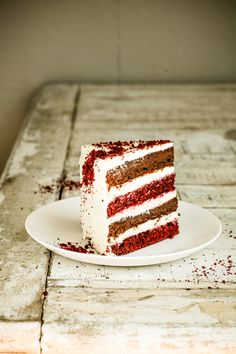 ... red velvet and ristretto layer cake ...
