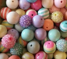 $6.85  Check out this item in my Etsy shop https://www.etsy.com/listing/226260066/20mm-spring-bubblegum-bead-setnecklace
