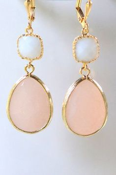 Peach and White Bridesmaids Earrings in Gold. Dangle