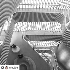 Weaving through Lane 189 - our new retail project in Shanghai. Repost @smujoo  #UNStudio #Shanghai #Shopping #Retail #Architecture #Design #Interior #Shopping