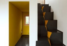 Low Budget House / Le Atelier // #colour #yellow #stairs