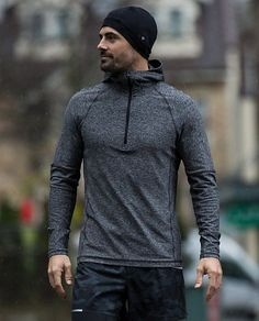 When it comes to what you wear in the gym, functionality should always trump fashion, but that doesn't mean you can't be fully functional...