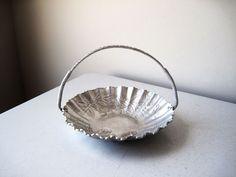 Vintage Hammered Aluminum Bowl with Handle #hammeredaluminum #aluminum #metal #floral #mothersdaygift