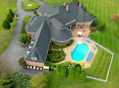 Fly It, or Buy It? The Complete Guide To Using Camera Drones for Real Estate Marketing