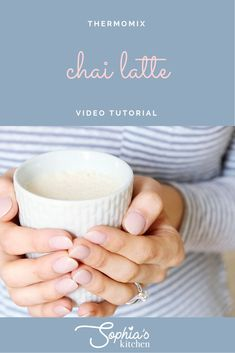 I can't believe how easy this Chai Latte is to make in the Thermomix! So frothy, so spicy, so comforting! Enjoy guys and let me know how you get on in the comments below Tea Places, Large Glass Jars, Frozen Cocktails, Bean Paste, Coconut Sugar, Spice Mixes, Chai, Latte, Spicy