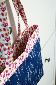 d0d120cb2076 Fruitful Pleasures French Market Tote + FREE Tutorial – Riley Blake Designs  Diy Coin Purse