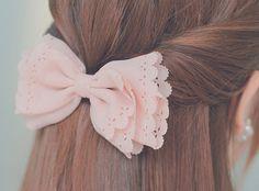 Light pink bow