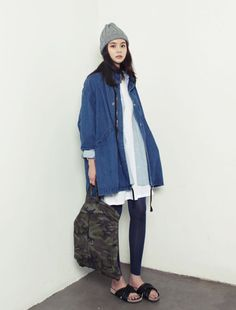 Love her style but minus the sandal. Asian Fashion, Girl Fashion, Fashion Outfits, Womens Fashion, Fashion Trends, Latest Fashion, Style Fashion, All Jeans, Vogue