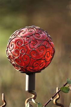 Rosenkugel mit Edelrost Ornament Rot