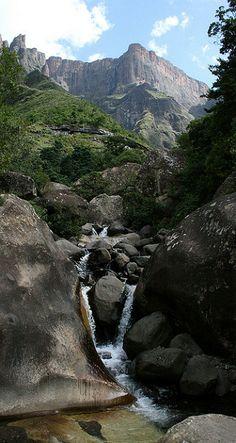 Stream in the Drakensberg mountains, KwaZulu-Natal. South Africa / UNESCO WORLD HERİTAGE LİST