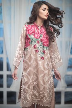 Luxury Summer Festive Collection by Agha Noor is one of the finest quality luxury designs you can get from a Pakistani brand have a look at the designs.