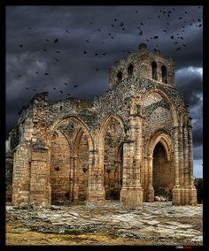 Ruinas de la iglesia de Santa Eulalia. Palenzuela, Palencia