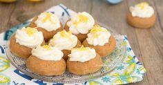 I biscotti al limone senza cottura sono dei biscottini cremosi, profumati e golosi che si preparano in pochi minuti e con pochi ingredienti, vanno a ruba!