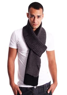 Mens Clothes TWO TONE KNITTED SCARF