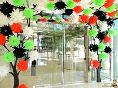 National Day Celebrations at KPC School Door Decorations, Xmas Decorations, Computer Lab Decor, Projects For Kids, Crafts For Kids, Kuwait National Day, Balloon Tree, Alphabet Crafts, Republic Day